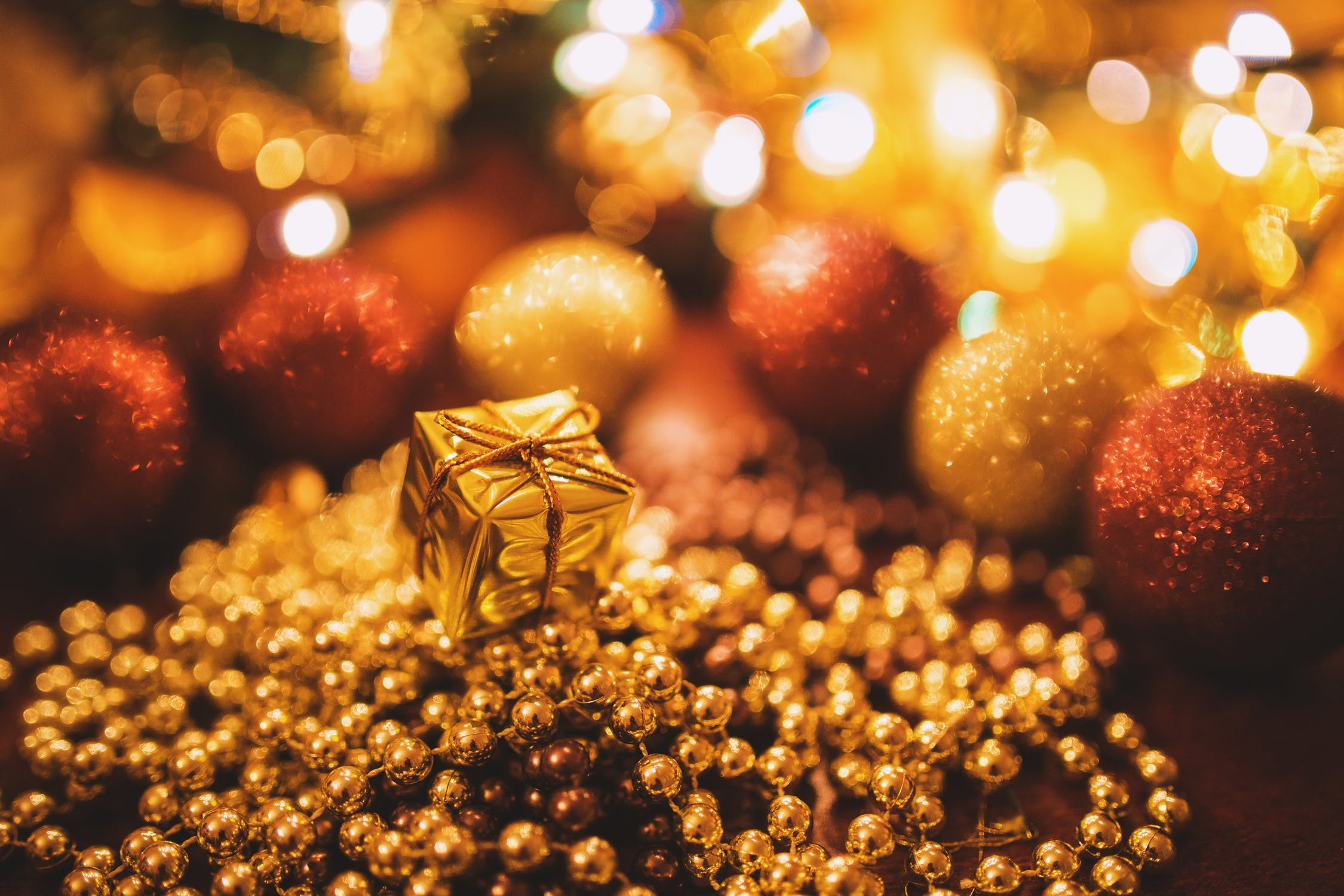 5 ways to get in to the festive spirit!